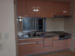 かわいい色合いで優しい雰囲気のキッチンです。